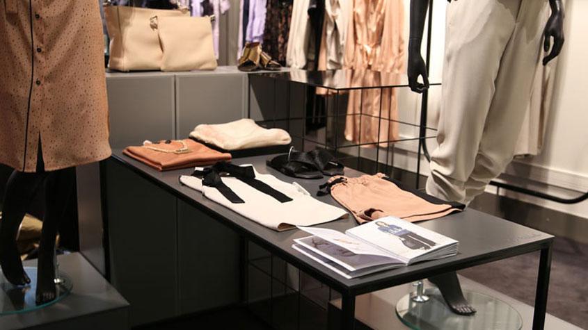 انواع و نقش های بازارپرداز بصری در صنعت مد - کسب و کار نساجی, صنعت مد, صنعت لباس, تجارت پوشاک, بازار پوشاک